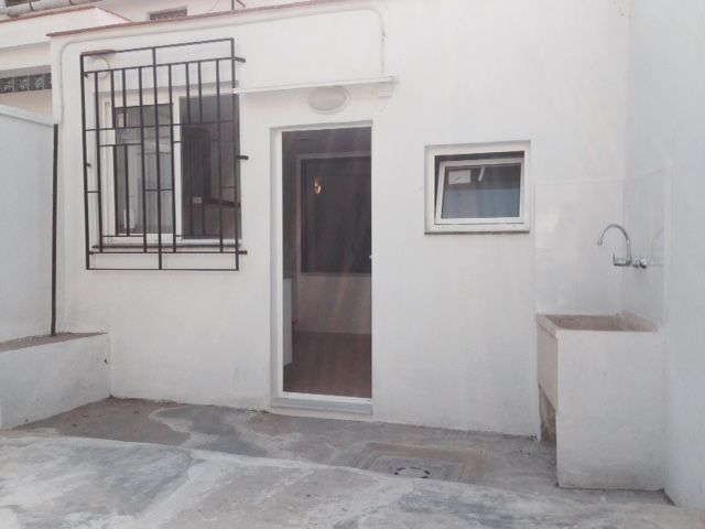 Townhouse in Petres Near Sagunto