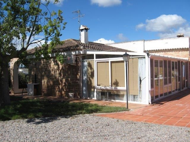 Bungalow in LLiria Countryside