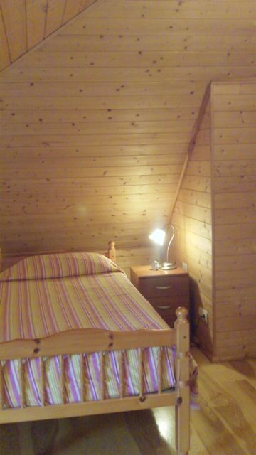 Stunning Log Cabin For Sale in Montroy