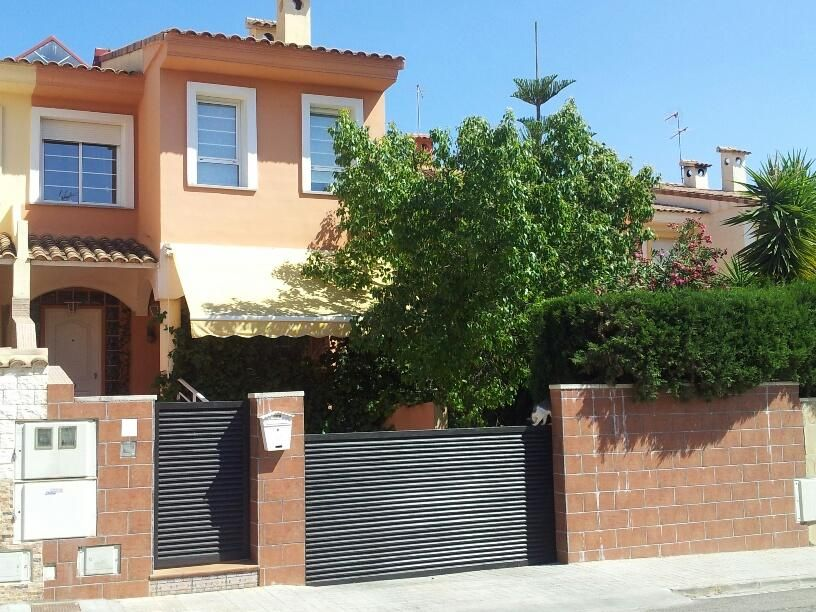 Town House in La Pobla