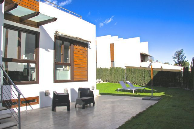 Quality Golf Property in Chiva